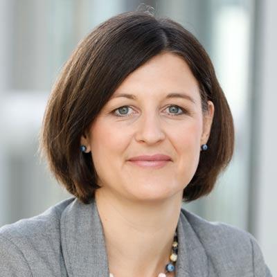Stefanie Stotz spricht über das Newsroom-Prinzip bei der Lufthansa Group